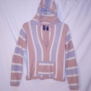 American Eagle Outfitters - V-Neck Pocketed Hoodie